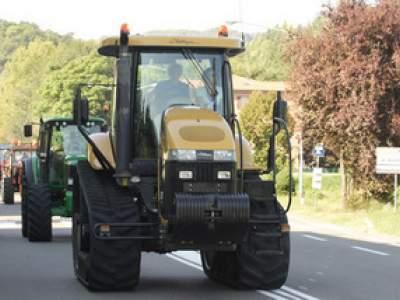 tractor-sdaz-2010-39