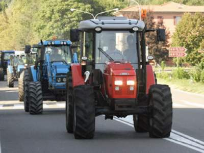 tractor-sdaz-2010-41
