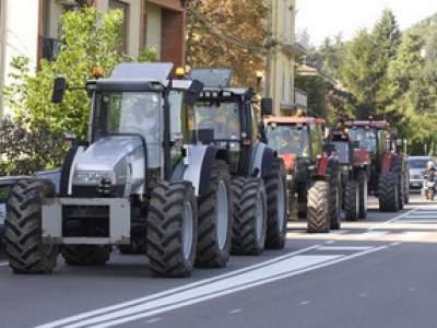 tractor-sdaz-2010-54