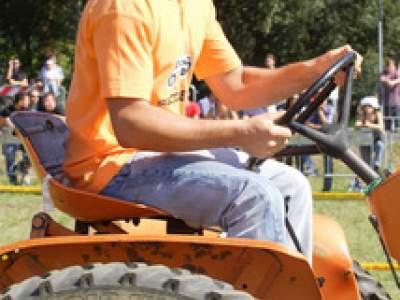 tractor-sdaz-2010-76