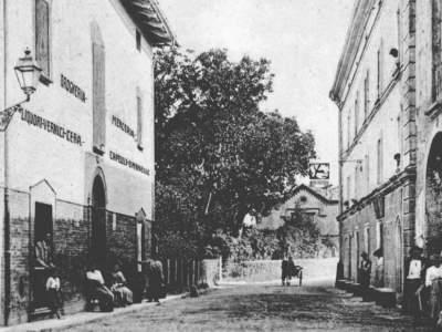 Ingresso al Borgo visto da sud nel 1898