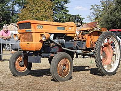 tractor-sdaz-153