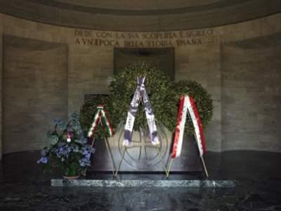 08 - mausoleo marconi