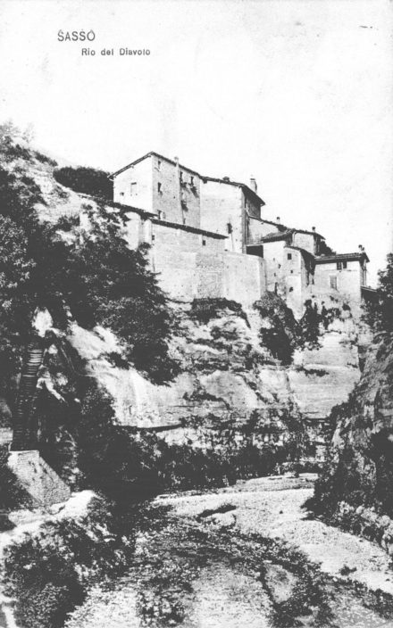 11RiodelDiavolo-vertconcaseinalto