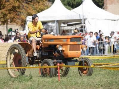 tractor-sdaz-2010-122