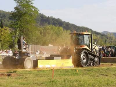 tractor-sdaz-2010-234