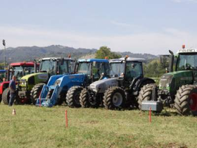 tractor-sdaz-2010-64
