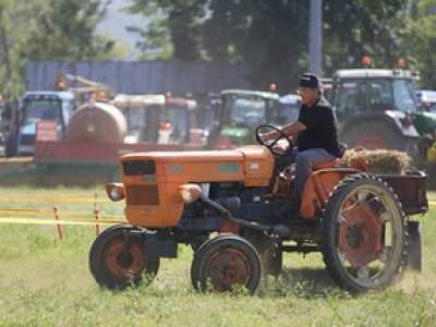 tractor-sdaz-2010-94