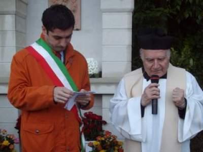 02 - 13 maggio 2010 Inaugurazione edicola religiosa