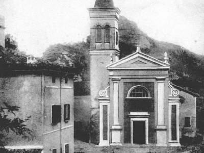 La chiesa di Badolo nel 1902